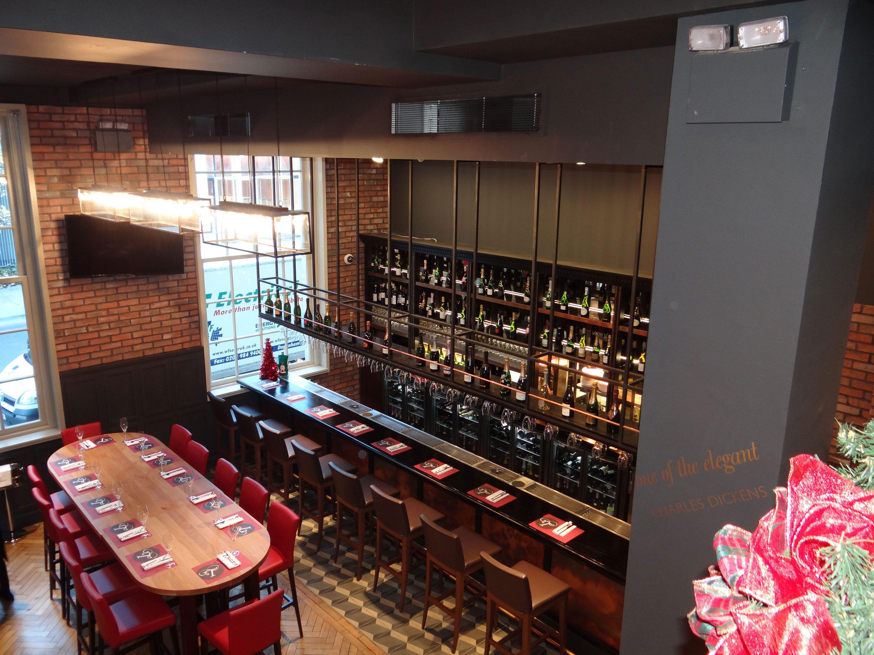 London Restaurant Bar